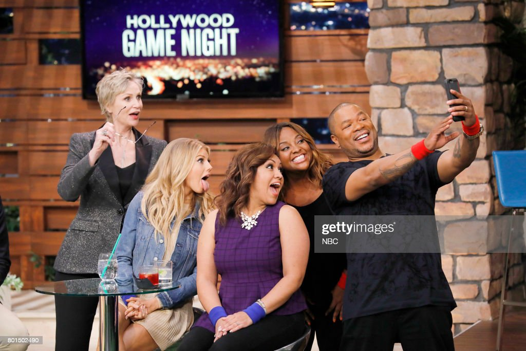 NIGHT -- 'Playing Hardwick to Get' Episode 503 -- Pictured: (l-r) Jane Lynch, Charlotte McKinney, Contestant, Sherri Shepherd, Xzibit --