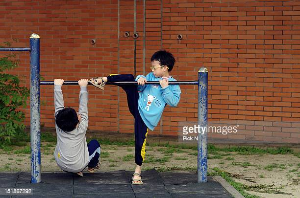 Playing horizontal bar