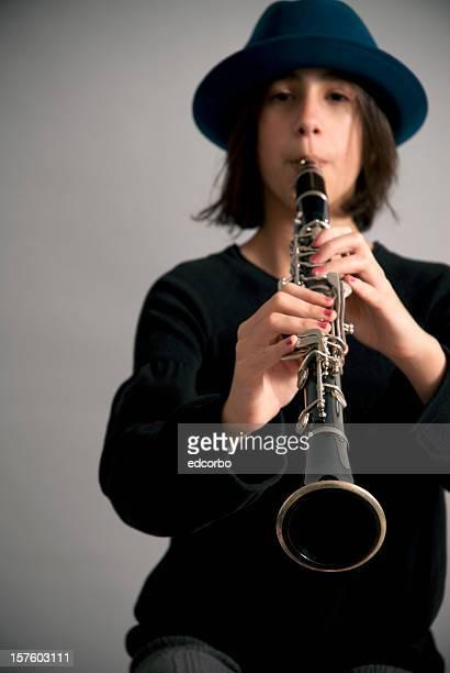 Spielt die Klarinette