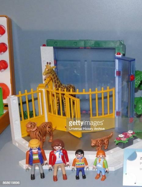 Playmobil zoo set in plastic 2006