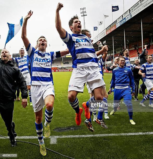 Playoffs Volendamde Graafschap Aanvoerder Edwin Linssen centraal viert feest met zijjn ploeggenoten na de promotie Foto Pim Ras during the playoffs...