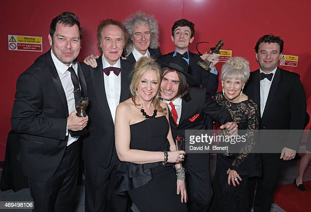 Playwright Joe Penhall, Ray Davies, Brian May, producer Sonia Friedman, Best Supporting Actor winner George Maguire, Best Actor winner John Dagleish,...