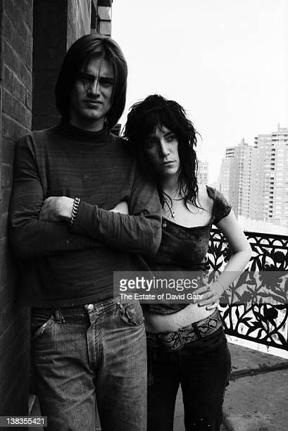 Playwright Sam Shepard and singer and poet Patti Smith pose for a portrait at the Hotel Chelsea on May 7 1971 in New York City New York