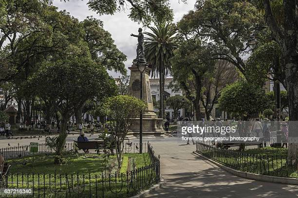 Plaza 25 de Mayo with the statue of Mariscal Antonio Jose de Sucre, Sucre, Bolivia