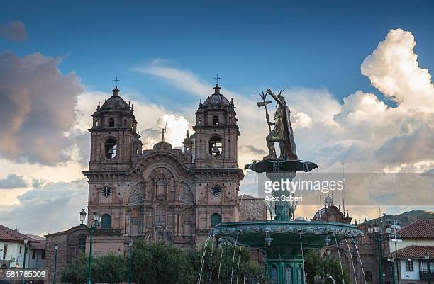 plaza de armas , cusco , peru - alex saberi fotografías e imágenes de stock
