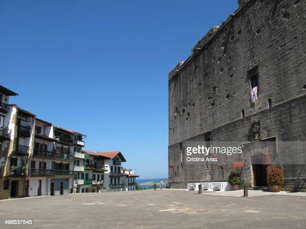 Plaza de armas of Hondarribia on your right side is located the castle of Carlos V which now houses a hotel of stateowned Paradores Nacionales...