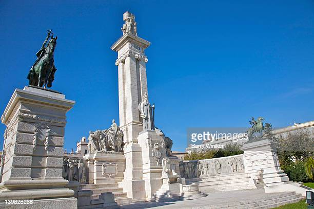 plaza de espana and las cortes monument, built 1929, commemorative monument to the constitution of 1812, cadiz, andalucia, spain - 1920 1929 stock pictures, royalty-free photos & images