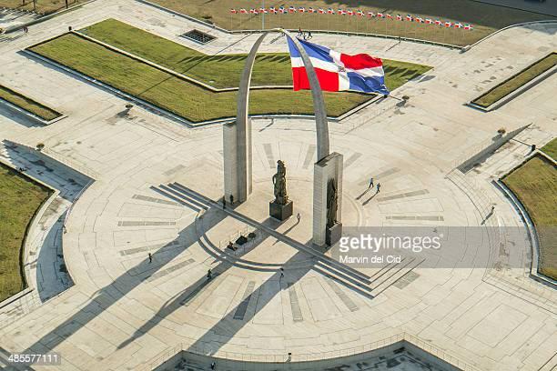plaza de la bandera - santo domingo dominican republic stock pictures, royalty-free photos & images