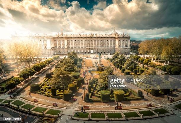 plaza de oriente, madrid - madrid royal palace stock pictures, royalty-free photos & images
