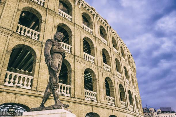 Plaza de Toros and the statue of the matador Manolo Montoliu