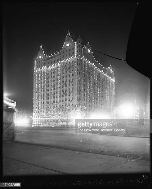Plaza Hotel Fifth Avenue at 58th 59th Streets Henry Hardenbergh architect built 1907 Night view illuminated for the HudsonFulton celebrationNew York...