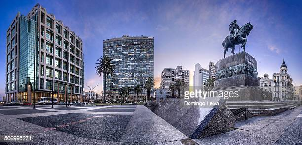 plaza independencia, montevideo, uruguay - montevideo stock pictures, royalty-free photos & images