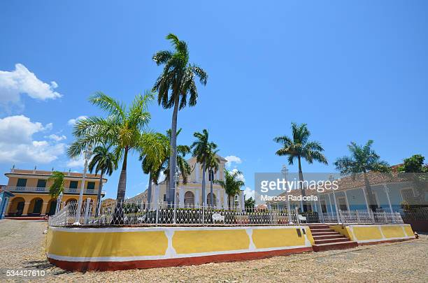 plaza mayor in trinidad, cuba - radicella stock pictures, royalty-free photos & images