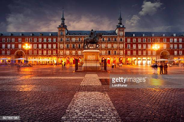 plaza mayor, madrid - madrid stockfoto's en -beelden