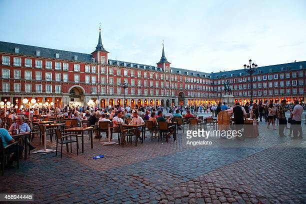 plaza mayor, the main square, madrid, spain - madrid bildbanksfoton och bilder