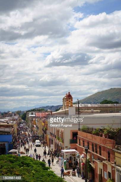 "plaza santo domingo - oaxaca city center - ""gerard puigmal"" stock pictures, royalty-free photos & images"
