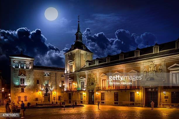 Plaza Villa - Madrid , Spain, night,street,