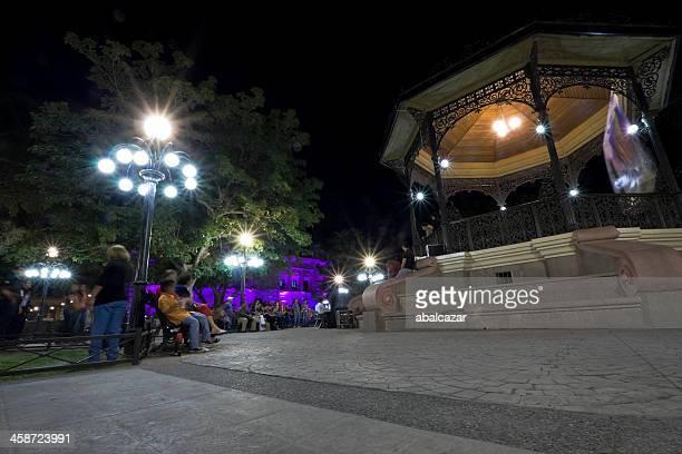 plaza zaragoza, hermosillo - hermosillo fotografías e imágenes de stock