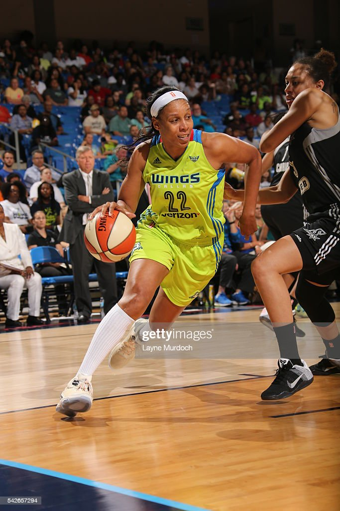 San Antonio Stars v Dallas Wings