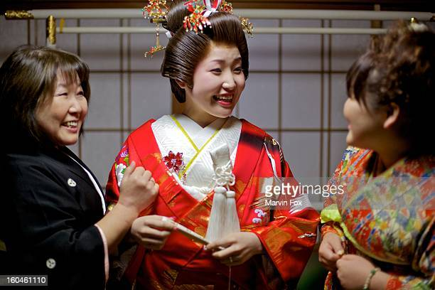 plenty of laughs - yonago stock pictures, royalty-free photos & images