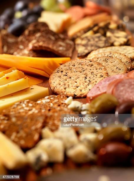 Assiette de fromages et légumes