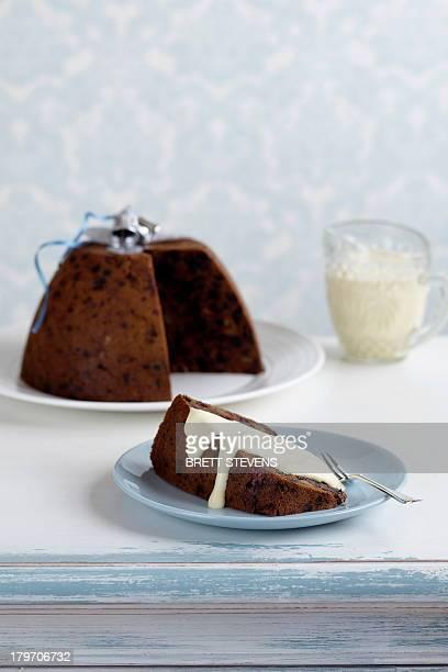 Plum pudding with cream