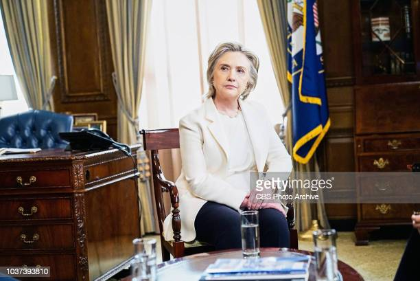 E Pluribus Unum Former Secretaries of State Hillary Clinton General Colin Powell and Madeleine Albright joined Téa Leoni on set at Madam Secretary In...