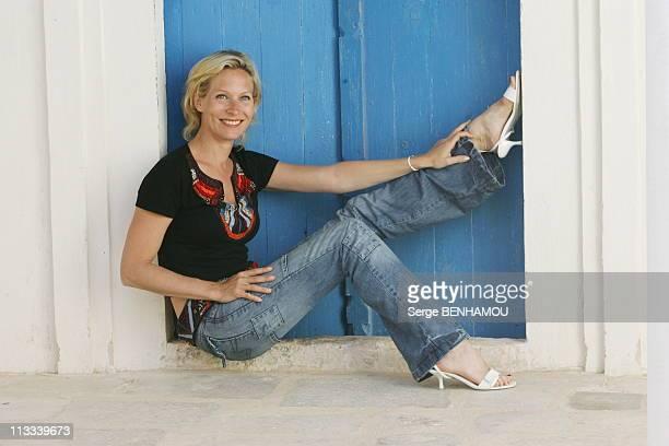 Plus Belle La Vie Photocall At Djerba Tv Festival On April 29Th 2006 In Island Of Djerba Tunisia Here Rebecca Hampton At Park Djerba Explore