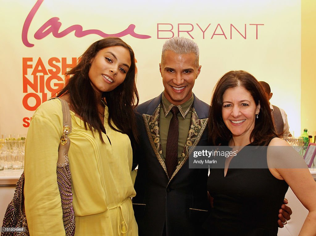 Plus-size model Marquita Pring (L) Jay Manuel (C) and Lane Bryant CMO Liz Crystal pose for a photo during Fashion Guru Jay Manuel Hosts Lane Bryant's Fashion Night Out on September 6, 2012 in Brooklyn, New York.