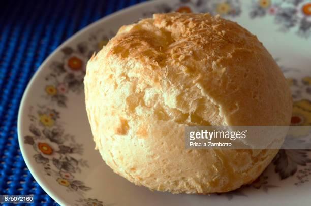 pão de queijo - queijo stockfoto's en -beelden