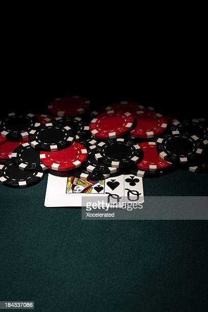 Queens avec poche & jetons de poker Rouge Noir