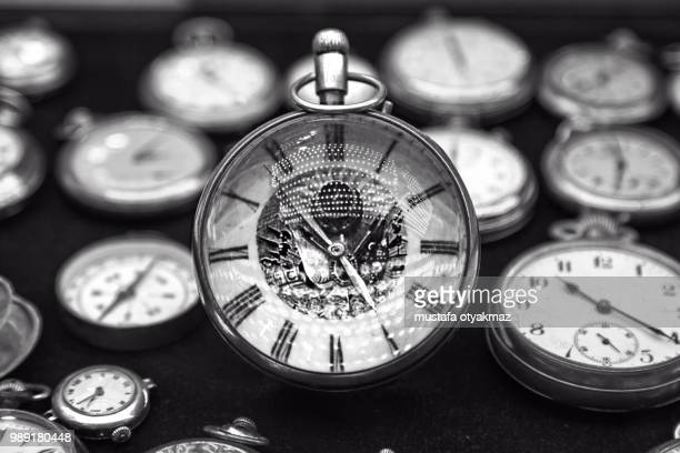 pocket watch - 数個の物 ストックフォトと画像