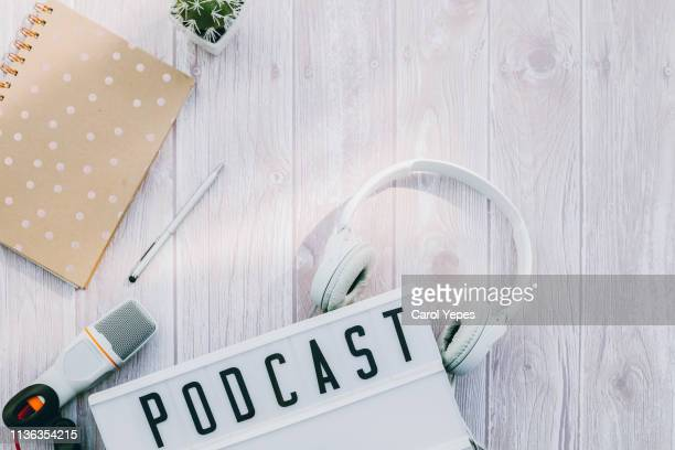 podcast concept - podcast stock-fotos und bilder