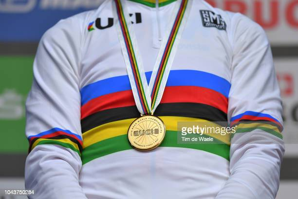 Podium / Alejandro Valverde of Spain Gold Medal / Celebration / Detail view / during the Men Elite Road Race a 2585km race from Kufstein to Innsbruck...