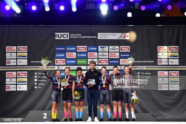 Podium / Alena Amaliusik of Belarus / Alice Barnes of Great Britain / Hannah Barnes of Great Britain / Elena Cecchini of Italy / Lisa Klein of...