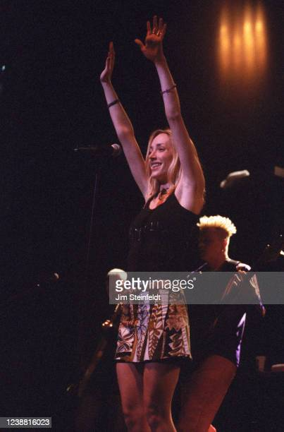 Poe performs at the Universal Amphitheatre at KROQ Almost Acoustic Christmas on December 13, 1996.