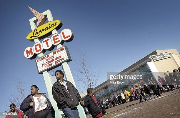 Poeple line up to wait for their chance to walk through the National Civil Rights Museum on January 17 2005 in Memphis Tenessee The museum which is...