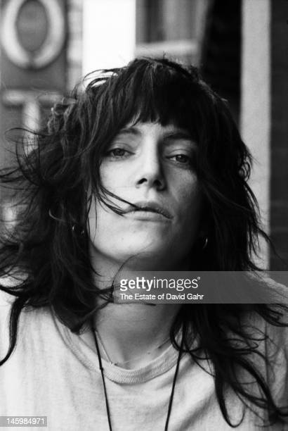 Poet and singer Patti Smith poses for a portrait on May 4 1971 on a balcony at the Chelsea Hotel in New York City New York