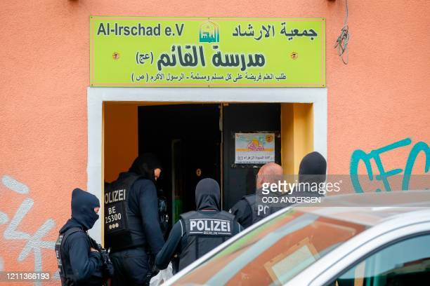 Poilice enter AlIrschad Mosque during a raid on April 30 2020 in Berlin after dozens of police and special forces stormed mosques and associations...