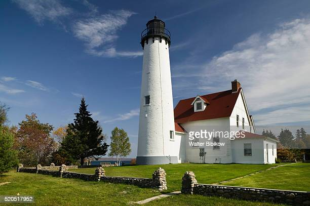 point iroquois lighthouse - hiawatha national forest stock pictures, royalty-free photos & images