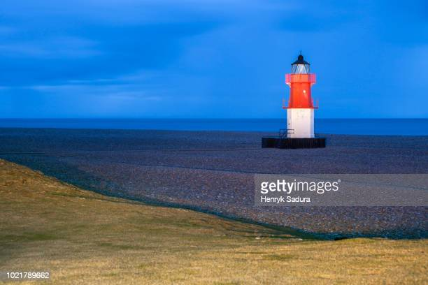 point of ayre lighthouse on the isle of man - isle of man stock pictures, royalty-free photos & images