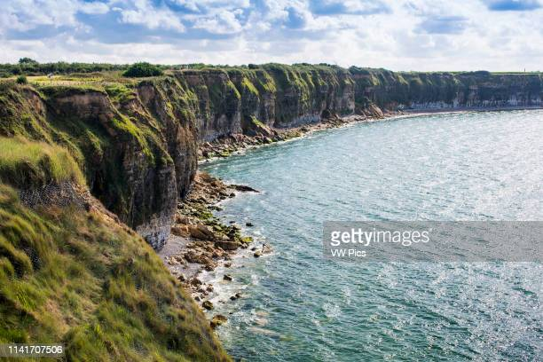 Pointe du Hoc Cliff Pointe du Hoc s a promontory with a 100 ft cliff overlooking the English Channel on the coast of Normandy in northern France...