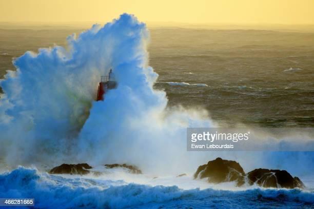 Pointe Saint Mathieu - Finistère # Explore du 6 janvier 2014 Jour de très grosse houle de secteur WSW, prévisions à 8m60 et 21 secondes de période -...