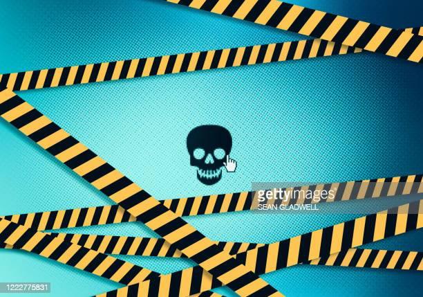 poisonous hazard on computer screen - 非常線 ストックフォトと画像