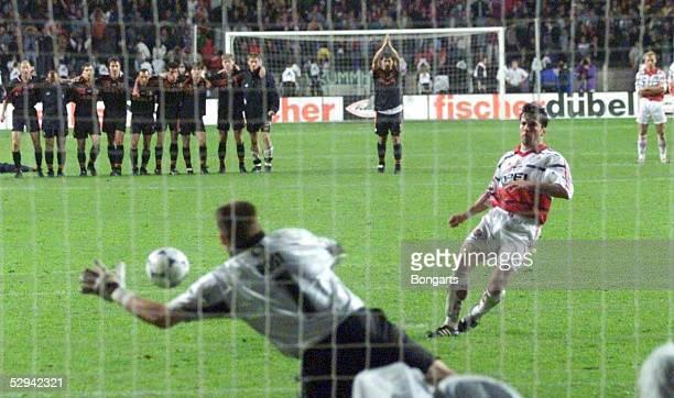 Pokalfinale 98/99 Berlin SV WERDER BREMEN FC BAYERN MUENCHEN 65 nach Elfmeterschiessen Lothar MATTHAEUS/Bayern verschiesst