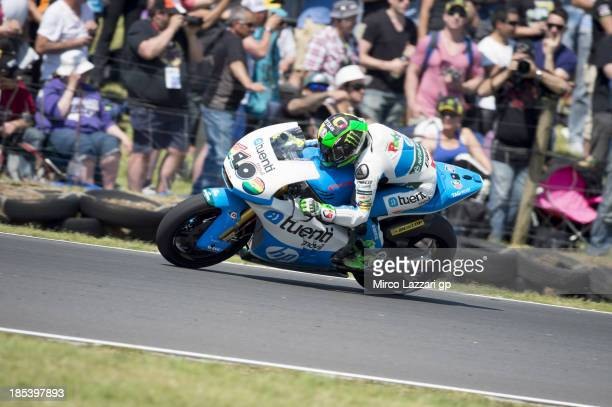 Pol Espargaro of Spain and Pons 40 HP Tuenti rounds the bend during the Moto2 race ahead of the Australian MotoGP which is round 16 of the MotoGP...