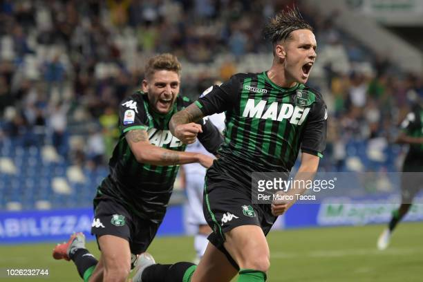 Pol Lirola of US Sassuolo celebrates his first goal during the serie A match between US Sassuolo and Genoa CFC at Mapei Stadium Citta' del Tricolore...