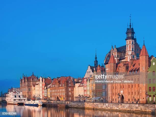 poland, gdansk, motlawa river and straganiarska gate - gdansk stock pictures, royalty-free photos & images