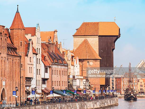 poland, gdansk, motlawa river and zuraw crane - motlawa river stock pictures, royalty-free photos & images