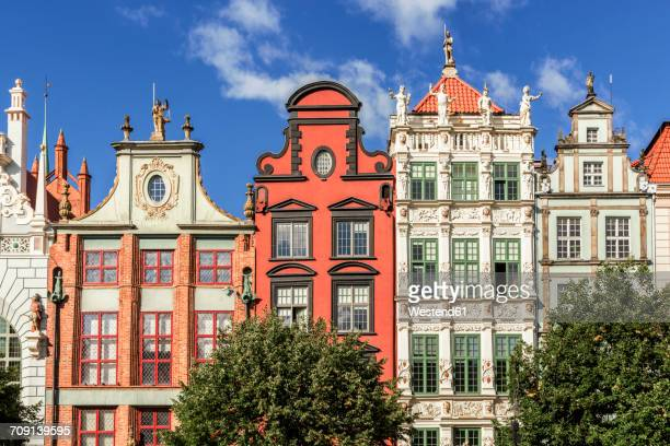 poland, gdansk, town houses in the main city - gdansk stock pictures, royalty-free photos & images